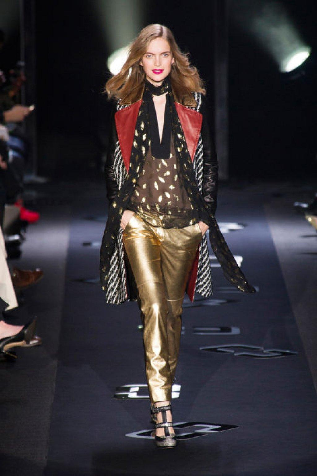 hbz-david-bowie-inspired-runway-dvf-fall-2013-imaxtree