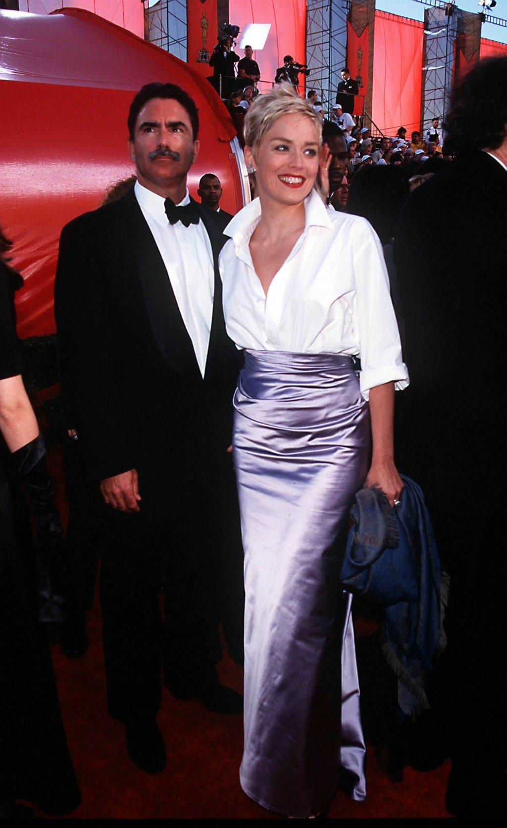 MONDAY 03/23/98  LOS ANGELES, CALIFORNIA 70th ANNUAL ACADEMY AWARDS AT THE SHRINE AUDITORIUM ARRIVALS: SHARON STONE AND HUSBAND PHOTO:  Evan Agostini/Getty Images